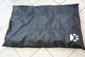 Panier/Matelas pour chien imperméable 105x70 noir de la marque ETS image 0 produit